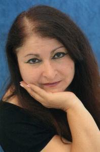Renia Aouadene. Invitée Café Littéraire le 06 nov 2012 dans Debats litteraires renia_aouadene